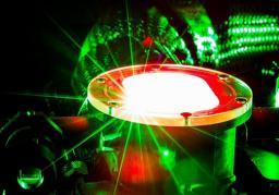 Accélérer des particules grâce au laser Apollon